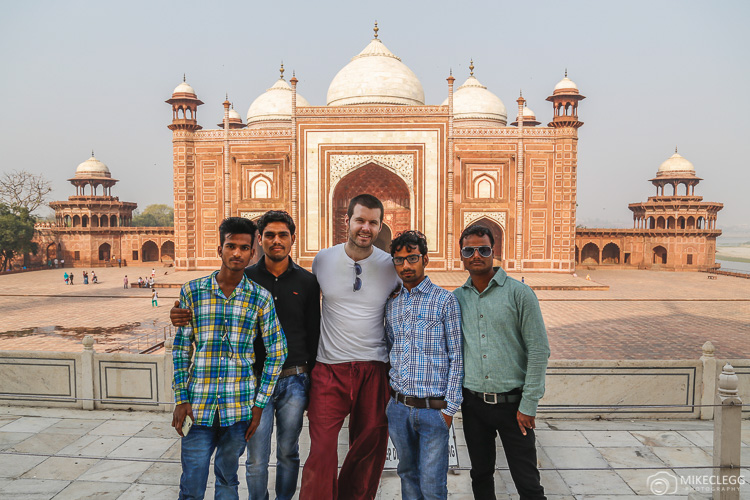 Mike Clegg Travel Blogger and Locals in India