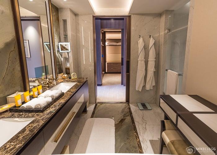 Bathroom of the Shangri-La Suite