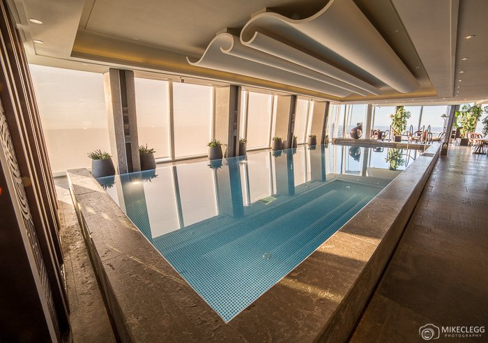 Benefits and features of staying in a luxury hotel travel and destinations - The sky pool a deluxe adventure ...
