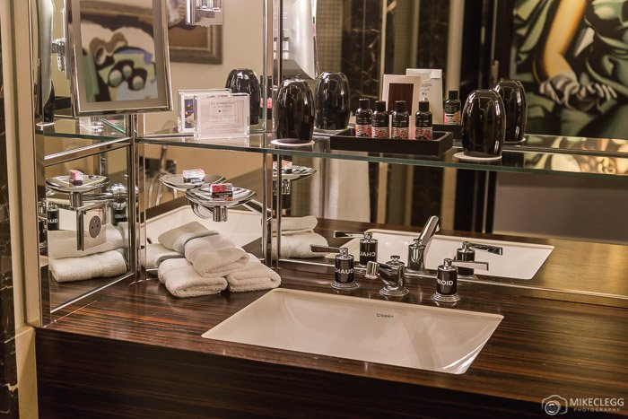 Bathroom supplies at Prince de Galles