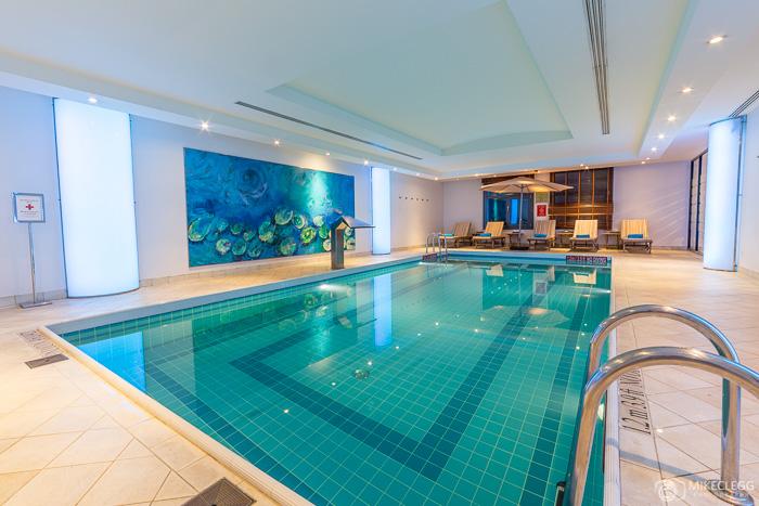 Swimming pool at Sheraton Grand Krakow