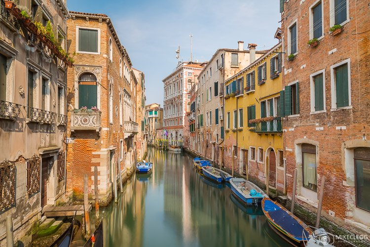 Canals and architecture in Venice
