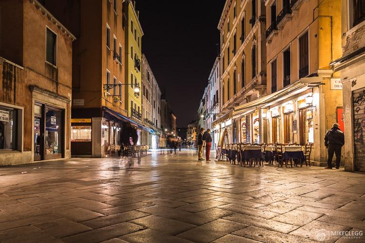 Strada Nuova in Venice at night