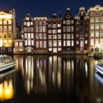 Amsterdam Damrak at night