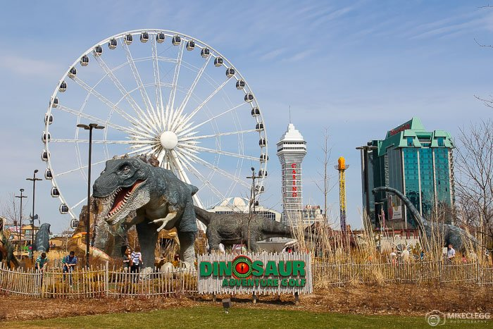 Niagara Falls Dinosaur Adventure Golf