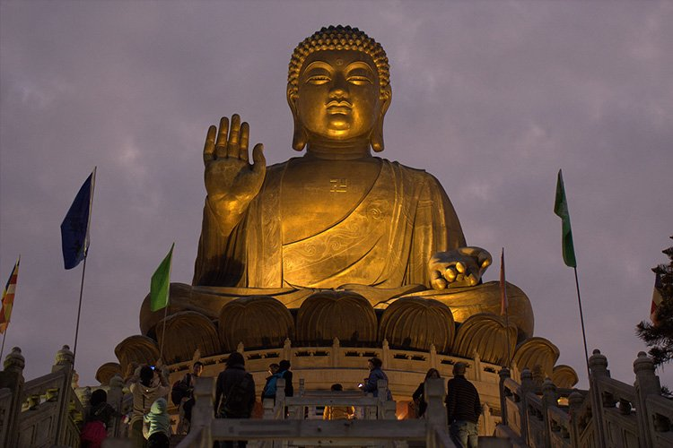 Big Buddha Statue by travelwayoflife - CC license