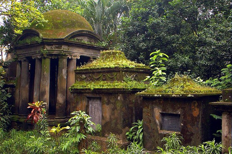 South Park Street Cemetery, India