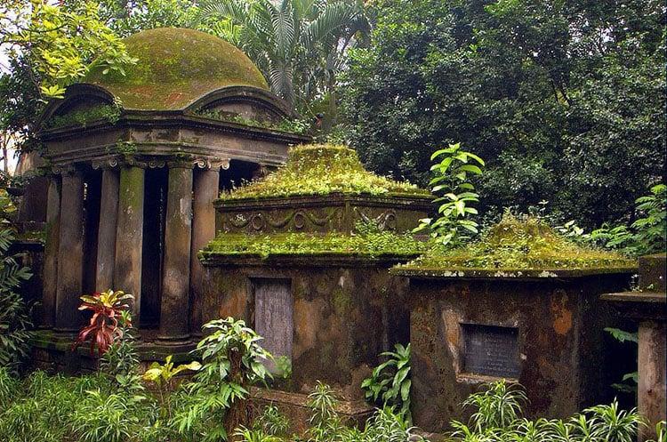 South Park Street Cemetery, India