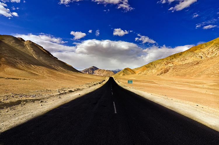 Magnetic Hill, Ladakh by Rohit Ganda - CC 2.0