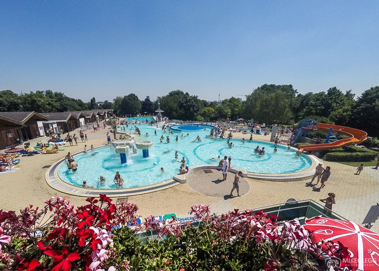 Outdoor Swimming pool in Vienna