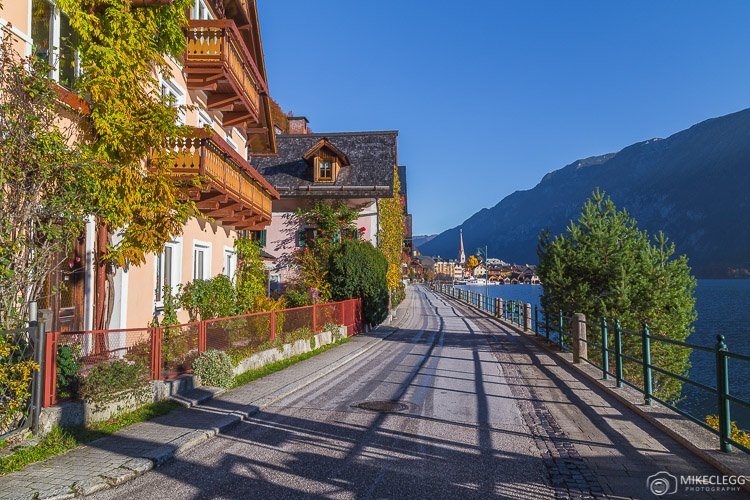 Roads and paths in Hallstatt