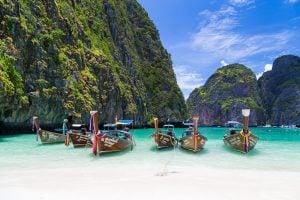 Beaches and holidays - Header image