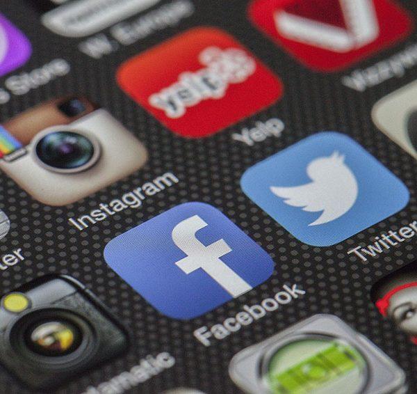 Social Media - via Pixabay-292994_1280