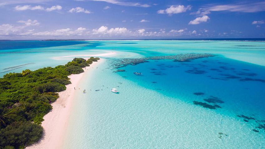 Maldives-via Pixabay 1993704_1920