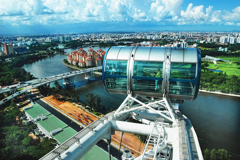 Singapore Flyer by Aparna