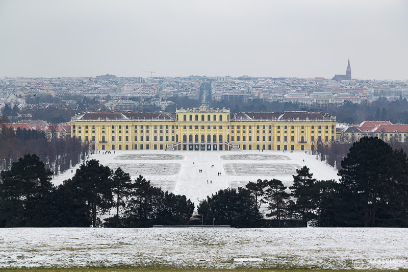 Schönbrunn Palace in the winter with snow