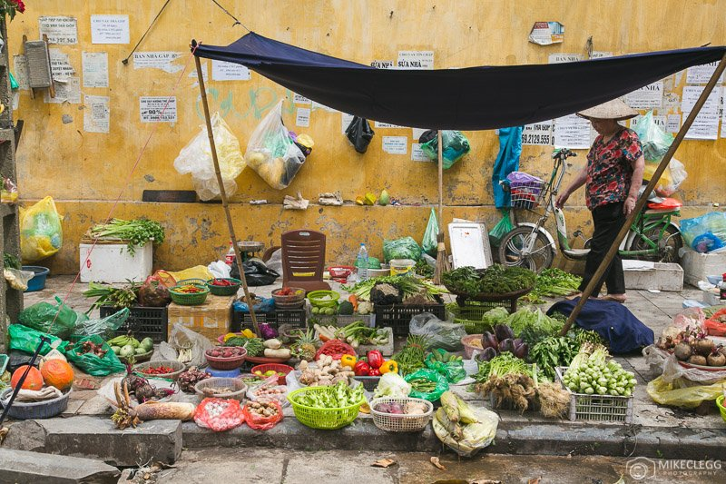 Street markets in Hanoi