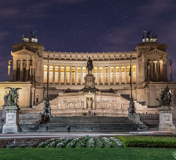 Altar of the Fatherland at night