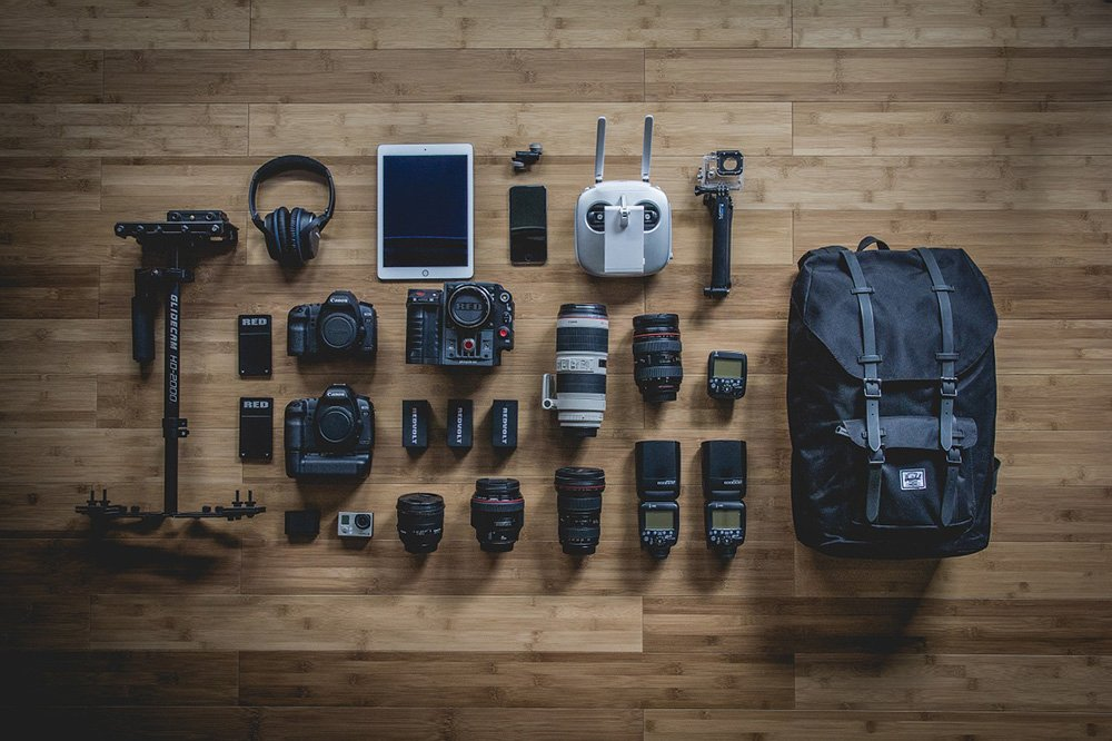 Photography equipment-via pixabay 768534_1280