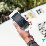 Vero lifestyle image - phone and hand