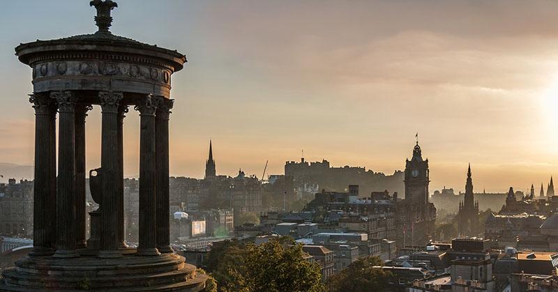 Calton Hill, Edinburgh - CC0 (Pixabay)