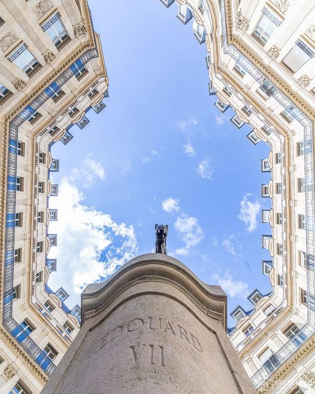 Édouard VII Square, Paris