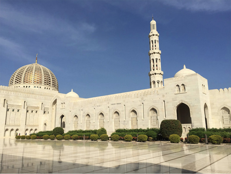 Sultan Qaboos Grand Mosque, Muscat - ©Image courtesy of gadventures