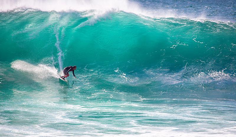 Surfing - image via Pixabay
