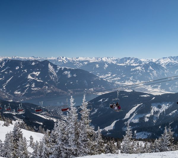 Views of Zell am See from Schmittenhöhe in the winter