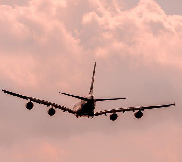 Aircraft flying - CC0 (Pixabay)