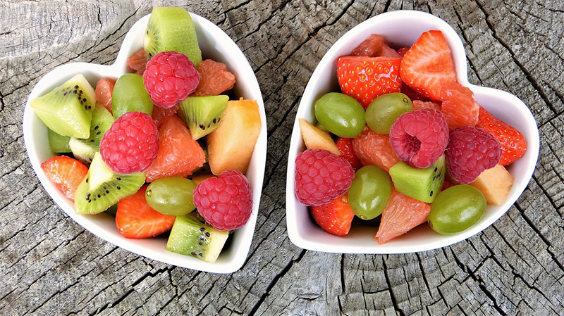 Bowls of fruit - CC0 (Pixabay)