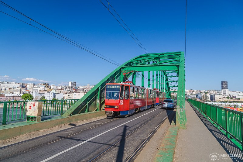 Trams along Zemunski put Bridge