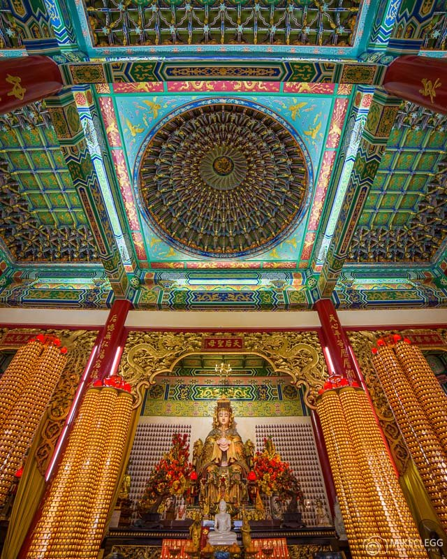 Beautiful and photogenic interiors - Thean Hou Temple