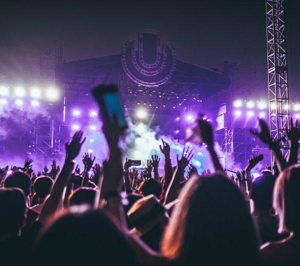 Festivals - Photo by Hanny Naibaho on Unsplash - CC0