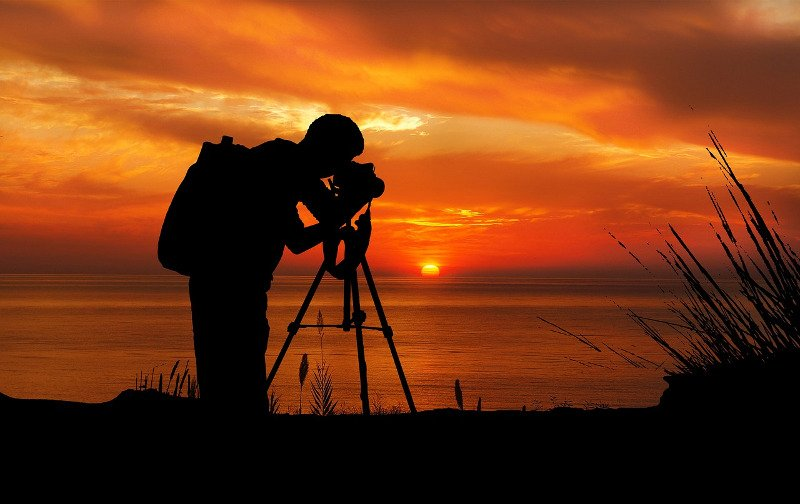 Using a tripod at sunset and in low light