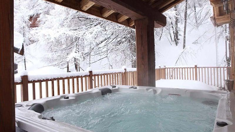 Hot Tub at Chalet Madeleine - Val d'Isere - ©Skiworld