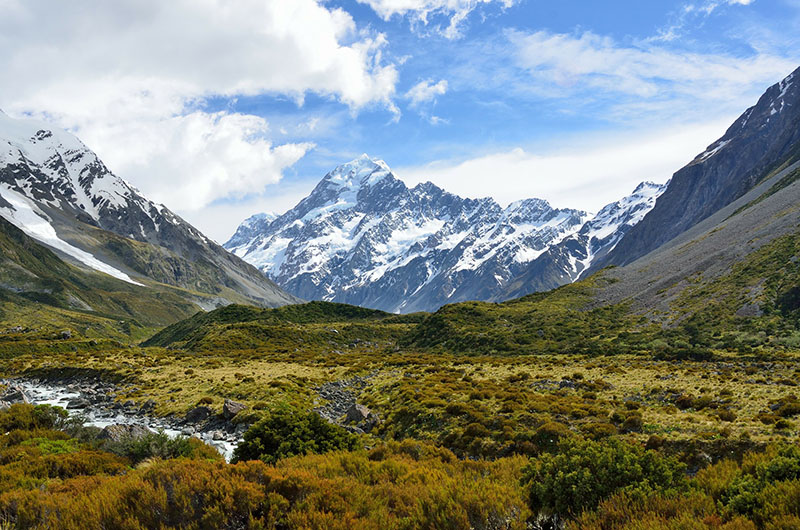 Aoraki Mount Cook mountain, New Zealand