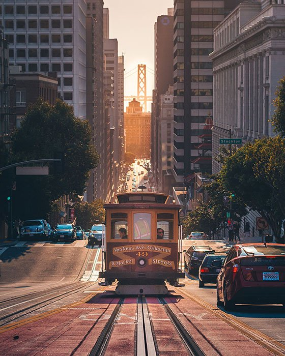 Trams in San Francisco - Amogh Manjunath-CC0-unsplash