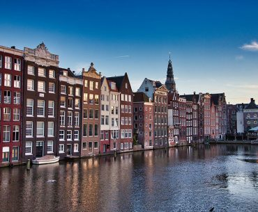 10 Top Tips for Visiting Amsterdam for the First Time