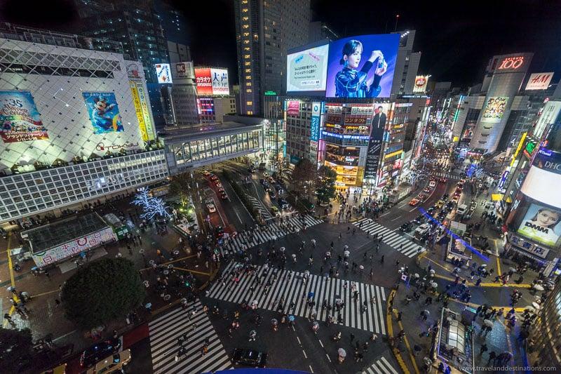 Night views of Shibuya crossing in Tokyo