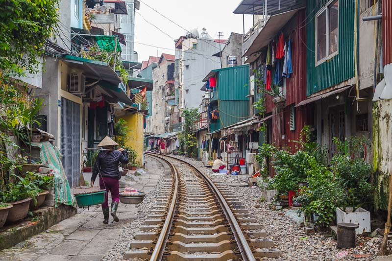 Lesser known attractions - Trains tracks in Hanoi