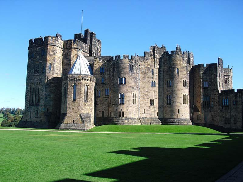 Alnwick Castle Exterior