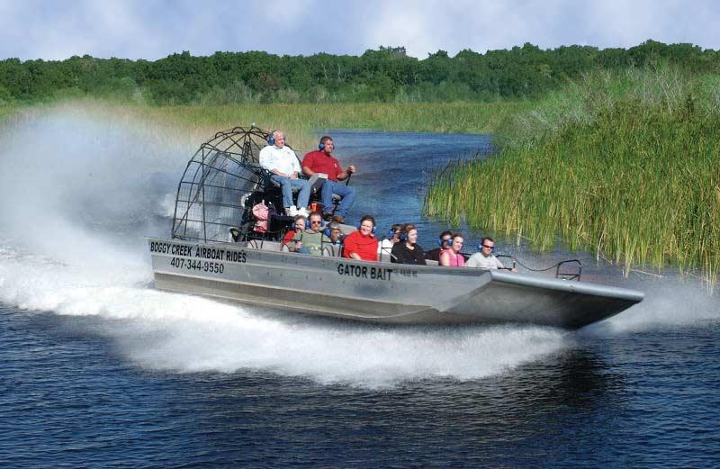 Поездка на воздушной лодке в Эверглейдс 10 лучших вещей, которые стоит увидеть и сделать в Орландо (США) 10 лучших вещей, которые стоит увидеть и сделать в Орландо (США) Airboat ride in the Everglades