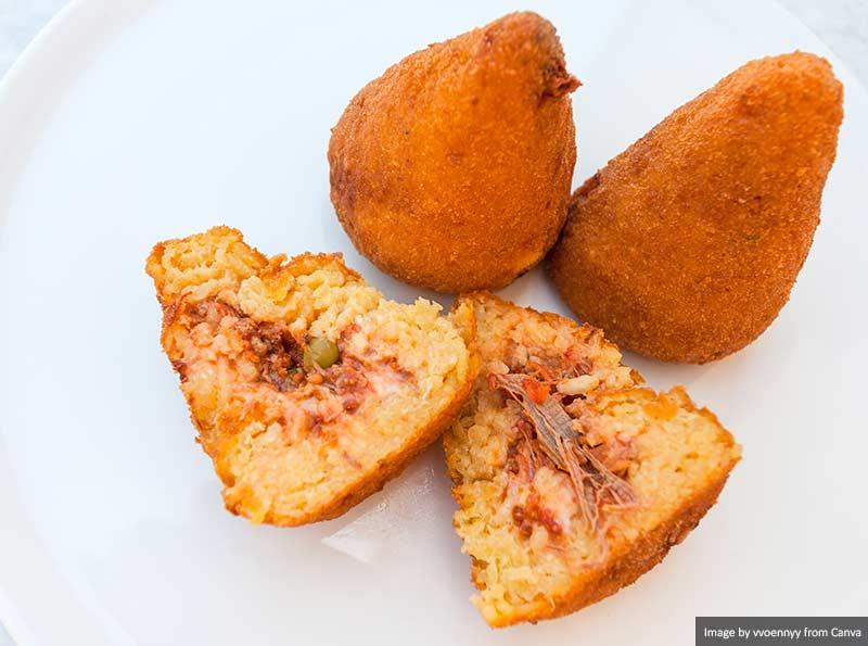 Arancini Лучшая и самая вкусная еда и напитки в Италии Лучшая и самая вкусная еда и напитки в Италии Arancini