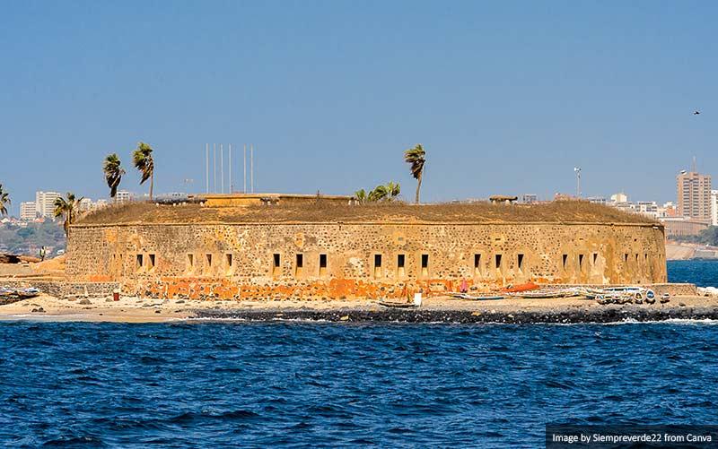 Остров Гори, объект Всемирного наследия ЮНЕСКО 10 лучших мест для посещения в Сенегале и Гамбии 10 лучших мест для посещения в Сенегале и Гамбии Goree Island UNESCO World Heritage Site
