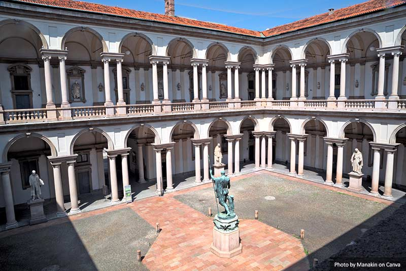 Internal courtyard of Pinacoteca di Brera, Milan