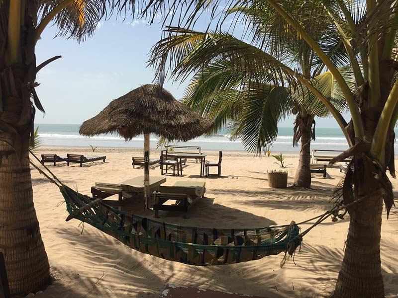 Парадайз Бич, Саньянг, Гамбия, фото Tjeerd Wiersma 10 лучших мест для посещения в Сенегале и Гамбии 10 лучших мест для посещения в Сенегале и Гамбии Paradise Beach Sanyang The Gambia photo by Tjeerd Wiersma