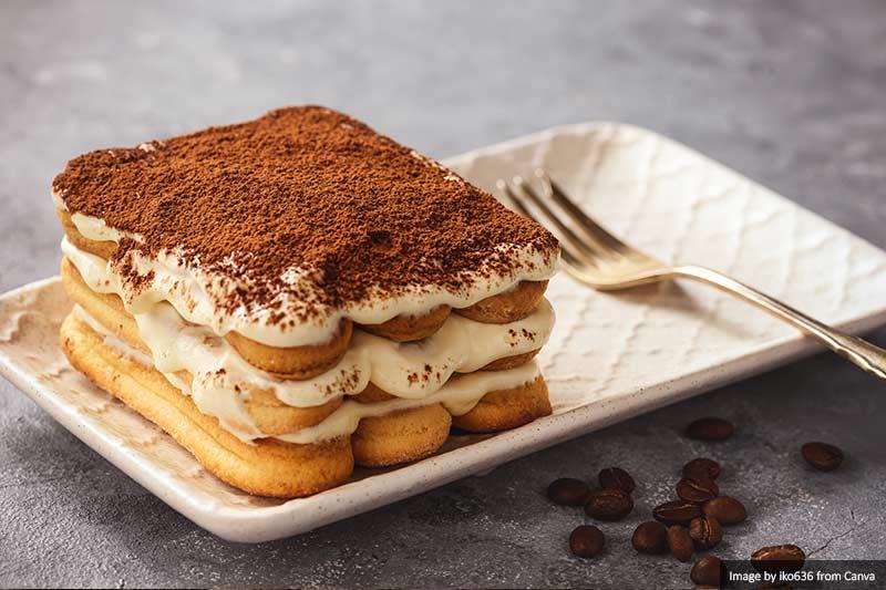 Торт Тирамису в Италии Лучшая и самая вкусная еда и напитки в Италии Лучшая и самая вкусная еда и напитки в Италии Tiramisu cake in Italy