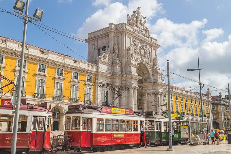 Arco da Rua Augusta and trams