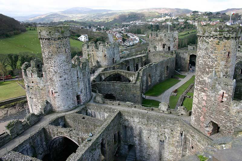 Конви 10 лучших мест для посещения в Уэльсе 10 лучших мест для посещения в Уэльсе Conwy